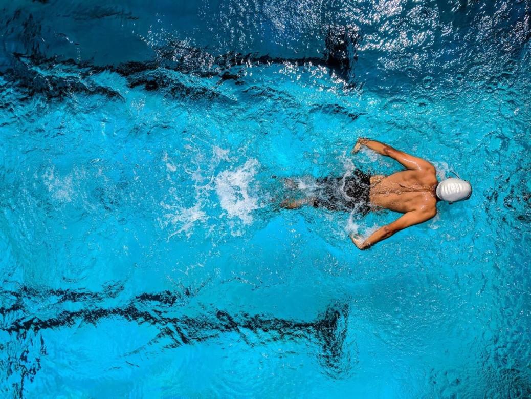 5 benefici del nuoto